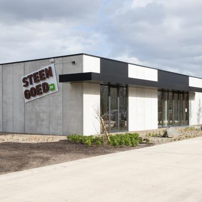 Locaux d'activités et bureaux K steengoed elen33 7