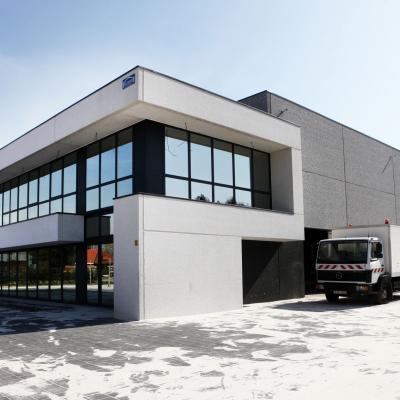 Construction atelier et bureaux K008